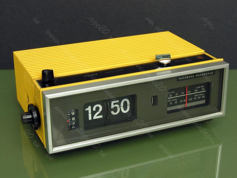 Перекидные часы (flip clock) с радио Panasonic