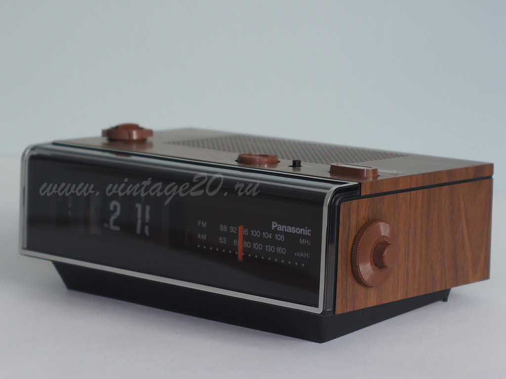 Перекидные часы с радио Panasonic RC-6040