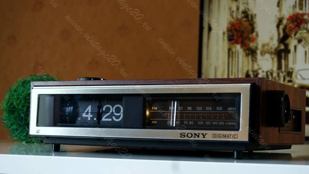 Перекидные часы Sony Digimatic